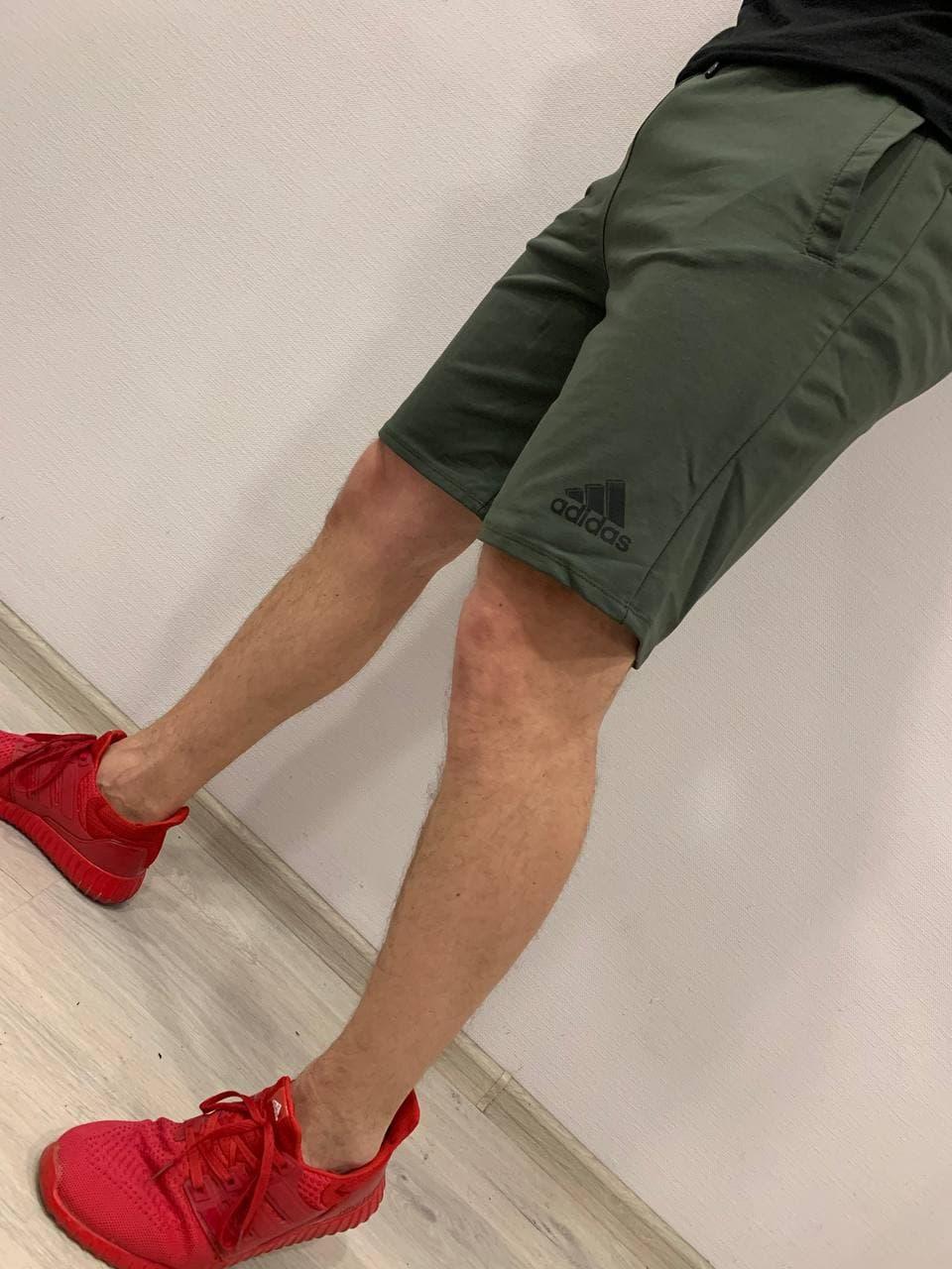 Спортивные мужские шорты Adidas Pond