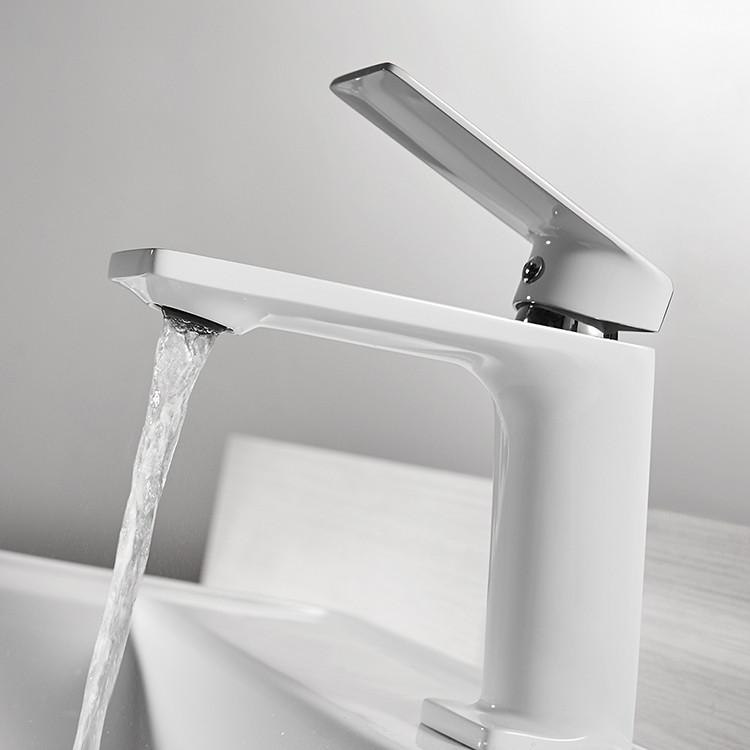 Смеситель для умывальника однорычажный кран латунь WanFan для ванны Белый-Хром