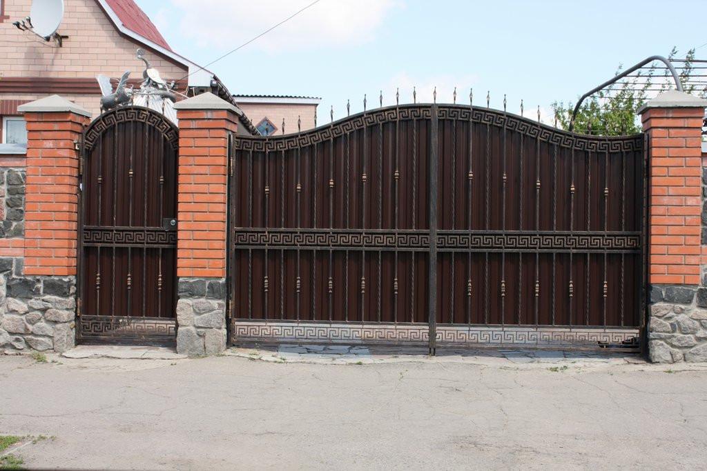 Большие кованые ворота