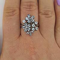 Серебряное кольцо с натуральными топазами