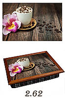 "Поднос на подушке ""Кофе на деревянном столе"", фото 1"