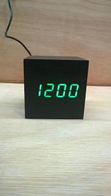 *Електронний будильник від мережі і батарейок VST-869-4 (33966)