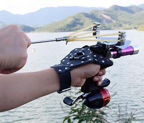 Рогатка для рыбной ловли боуфишинга металлическая с фонариком