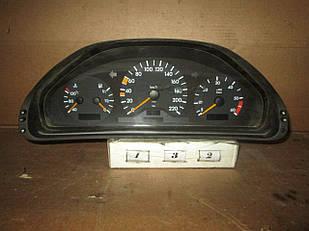 №132 Б/у Панель приладів/спідометр 2105405147 для  Mercedes-Benz W210 1995-2002
