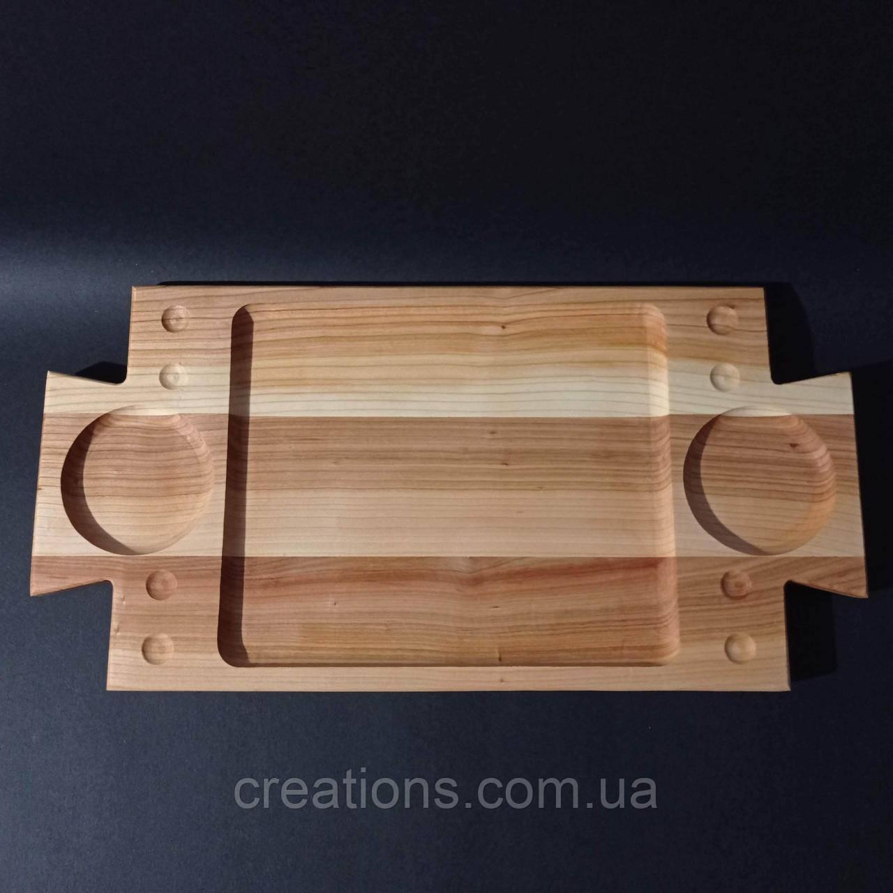 Менажница деревянная 40х20 см. прямоугольная с соусницами из черешни, ясеня