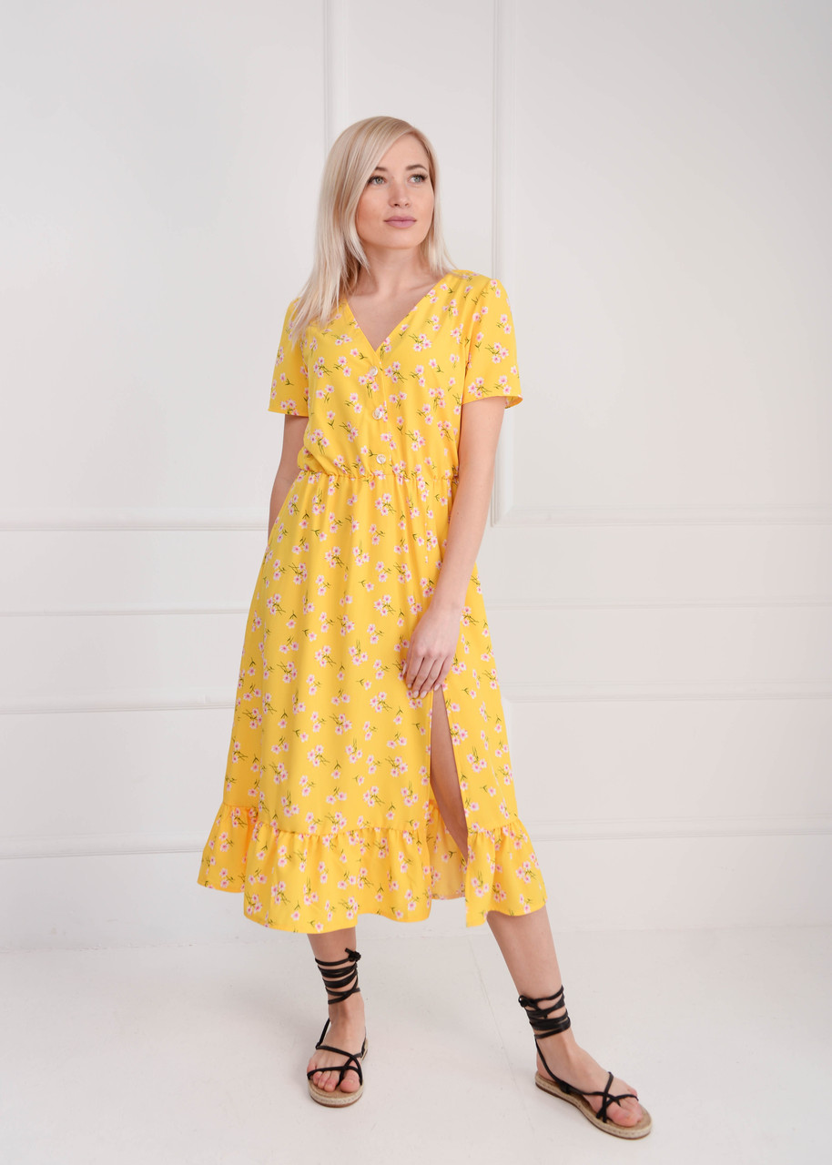 Платье летнее миди желтое