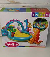 Детский надувной центр Intex, Планета Динозавров, с горкой и фонтаном, Размер 333*229*112 см, Интекс 57135