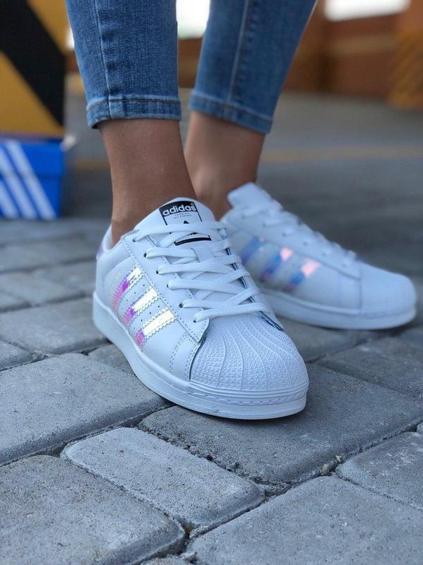Жіночі білі кросівки / кеди в стилі adidas superstar
