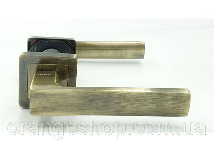 Дверные ручки для межкомнатных (входных) дверей  на квадратной розетке TRION LIBERA AL-AL  AB NEW