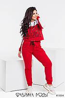 Яскравий червоний спортивний костюм з принтом накаткою з 42 по 52 розмір, фото 2