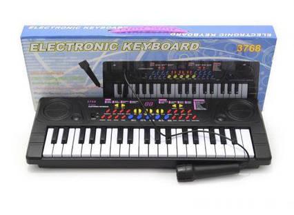 Пианино с микрофоном  (37 клавиш) 3768