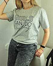 Вільна футболка жіноча