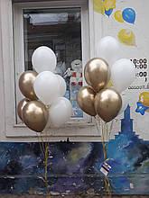 Кульки в золотих та білих тонах