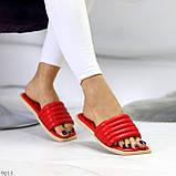 Трендові яскраві червоні зручні капці дутики жіночі шльопанці, фото 8
