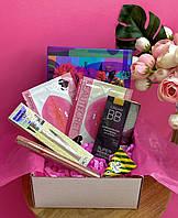 Бьюти бокс, набор декоративной косметики в подарочной упаковке