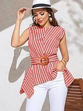 Яркая блузка в полоску с асимметричной баской