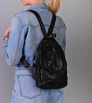 Жіночий чорний рюкзак код 7-1681