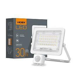 Прожектор LED VIDEX F2e 30W 5000K з датчиком руху та освітленості