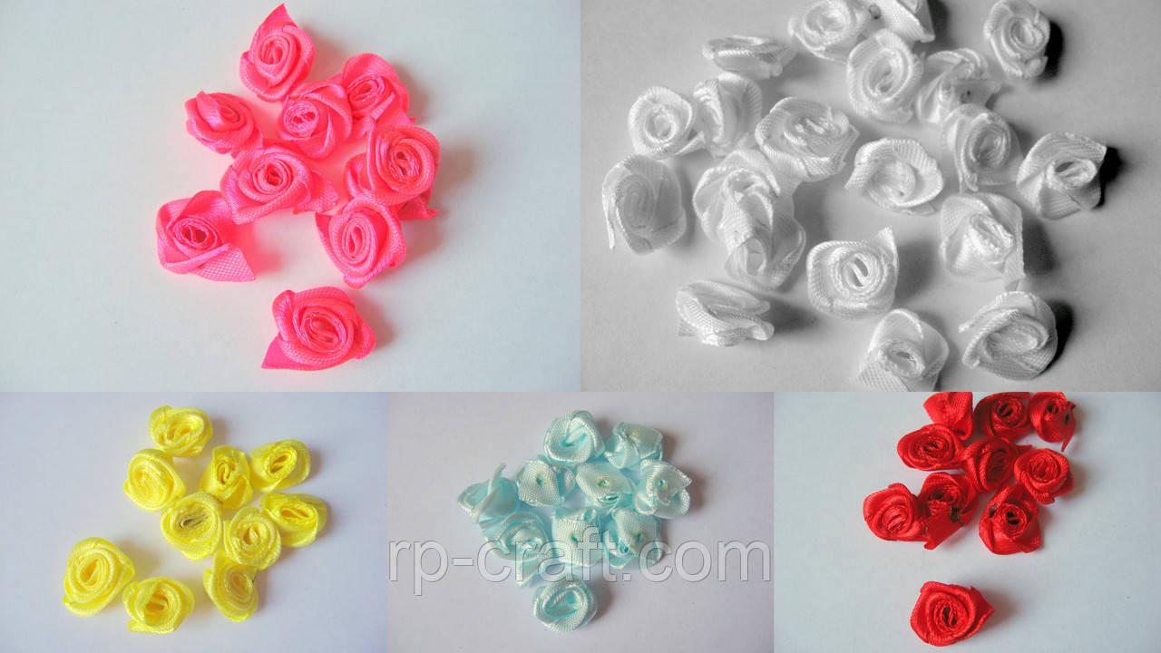 Упаковка атласних троянд, 20 штук, 15 мм