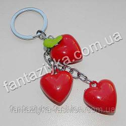 Брелок пластиковый Гроздь красных сердец