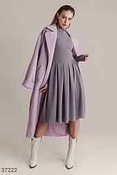 Приталенное платье миди из трикотажа серое