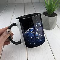 Кружка с чёрной ручкой, чёрная внутри (330 мл) Созвездие Льва