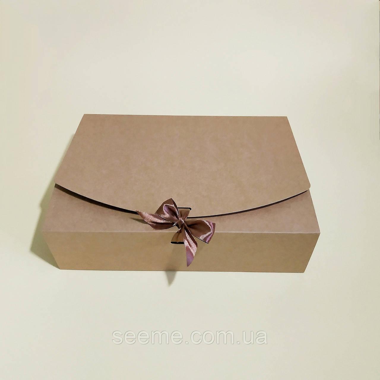 Коробка подарочная из крафт картона, 330х230х90 мм