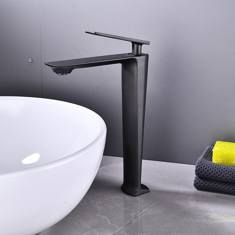 Змішувач дизайнерський для раковини кран у ванну одноважільний WanFan люкс якості Чорний