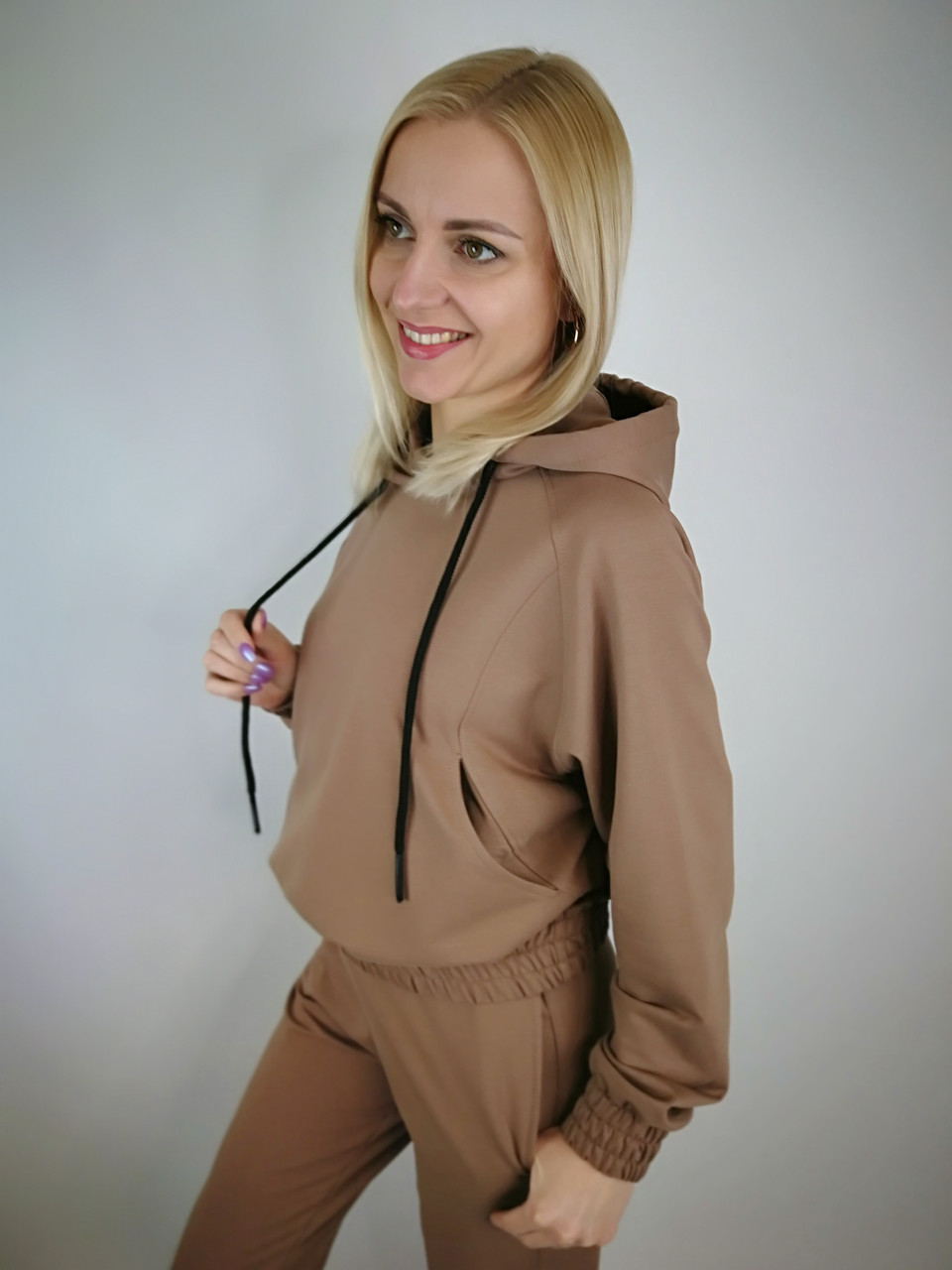 Якісний жіночий костюм