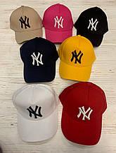 Женская кепка бейсболка с логотипом