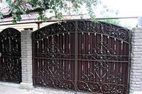 Красиві ковані ворота і хвіртки