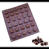 """Силиконовая форма для конфет """"Ассорти"""" арт. 840-15A52547, фото 1"""