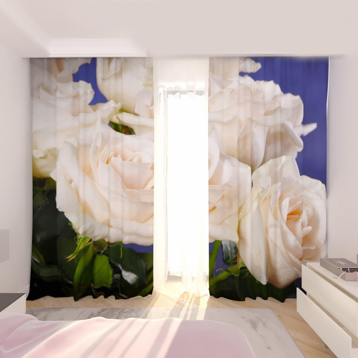 Фотошторы білі троянди на фоні неба