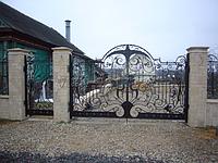 Образцы кованных ворот и калиток
