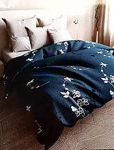 Постельное белье бязь голд люкс семейный размер синий с цветочным узором.