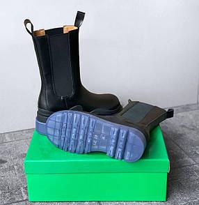 Женские ботинки 𝐁𝐨𝐭𝐭𝐞𝐠𝐚 𝐕𝐞𝐧𝐞𝐭𝐚 𝐁𝐥𝐮𝐞/𝐁𝐥𝐚𝐜𝐤