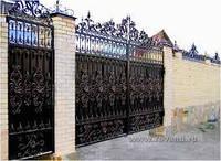 Оформление кованных ворот