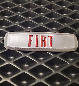 Автоемблема FIAT шильдик для автомобільних килимків EVA