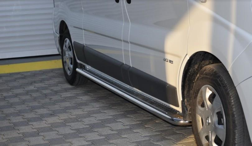 Пороги Opel Vivaro 2001-2013 коротка база