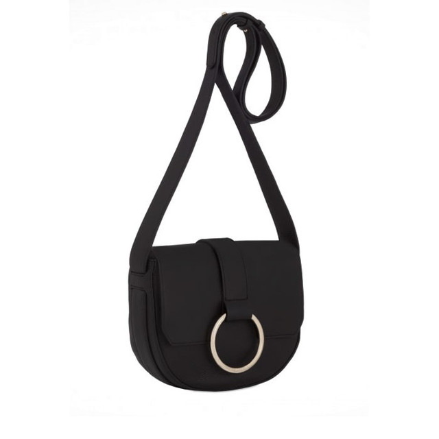 Coccinelle Cross Body Bag черного цвета вид сбоку