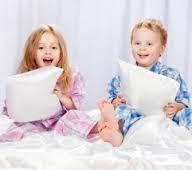 Детские пижамы, халаты, домашние костюмы