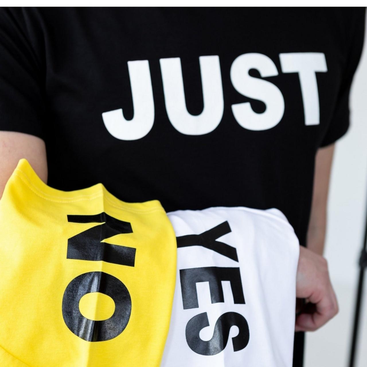 Чоловіча футболка жовта стильна з натуральної бавовни з великим накатом на груди і плечі Just, фото 2