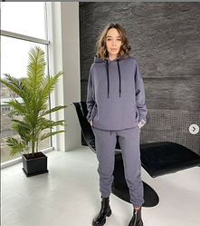 Комфортний жіночий спортивний костюм трехнитка