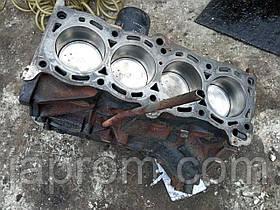 Блок двигателя (низ в сборе) Nissan Sunny N14 Nissan Almera N15 1,4 бензин GA14 307209