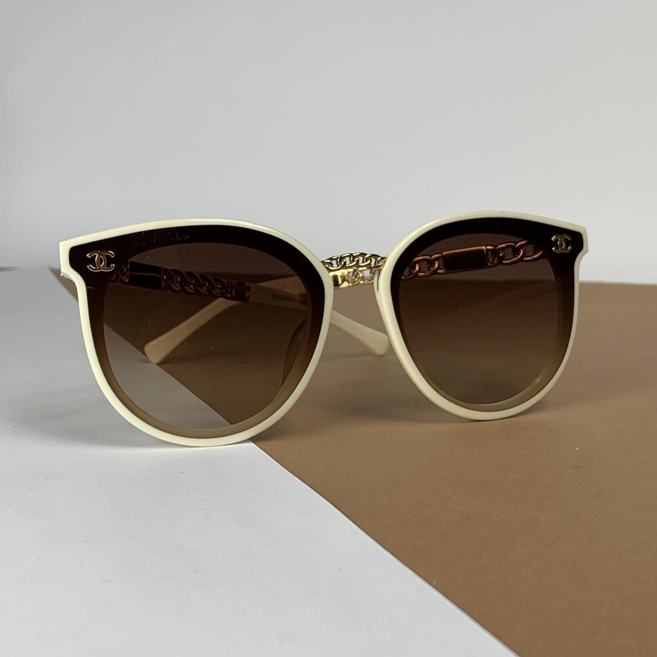 Солнцезащитные брендовые очки 106-56
