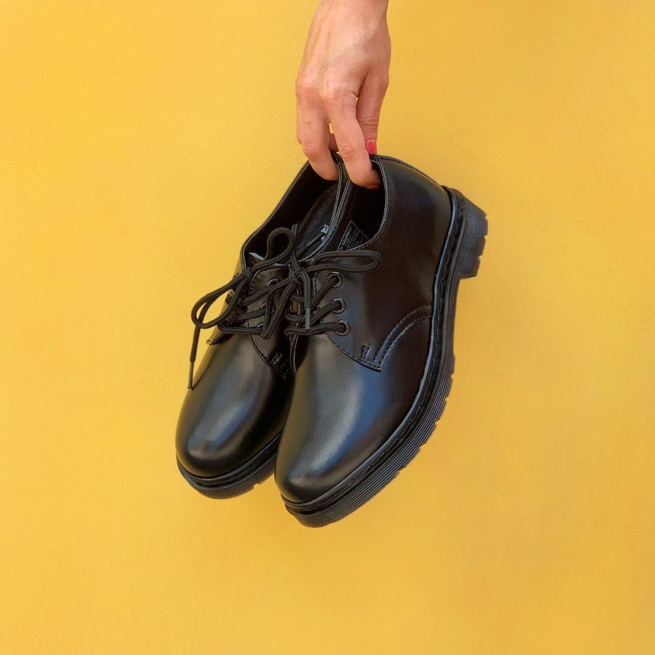 Жіночі туфлі Dr. Martens 1461 Mono black