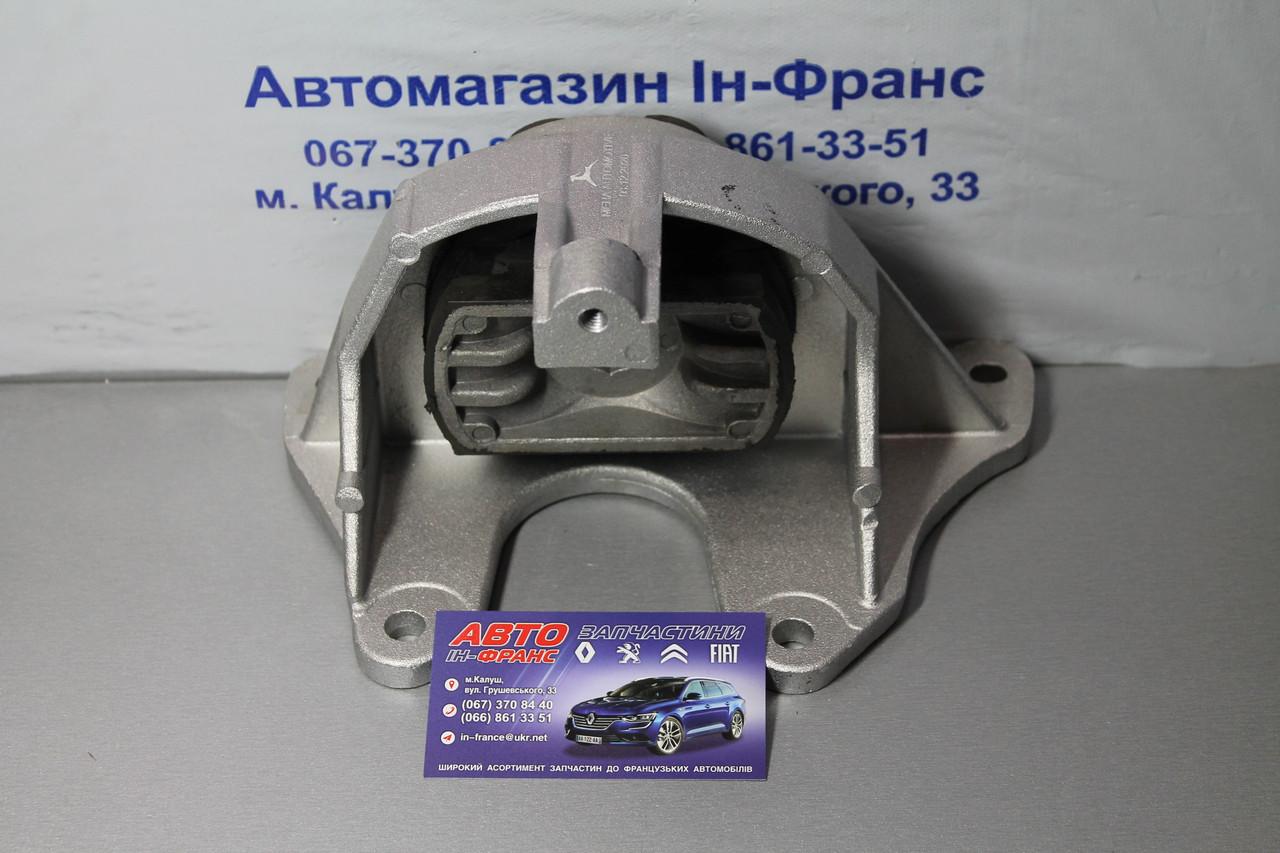 Подушка двигуна (L) Fiat Doblo 1.3D Multijet, 1.3JTD, 1.9D, 1.9JTD