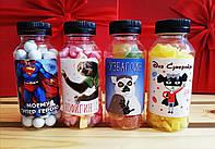Сладости в бутылочках с оригинальным дизайном
