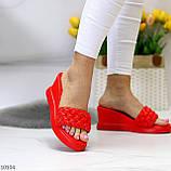Тільки 37 р! Шльопанці / сабо жіночі червоні на танкетці 7,5 см еко - шкіра, фото 7