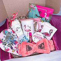 Подарочный бокс для девушки Wow Boxes «Flamingo Box #8»